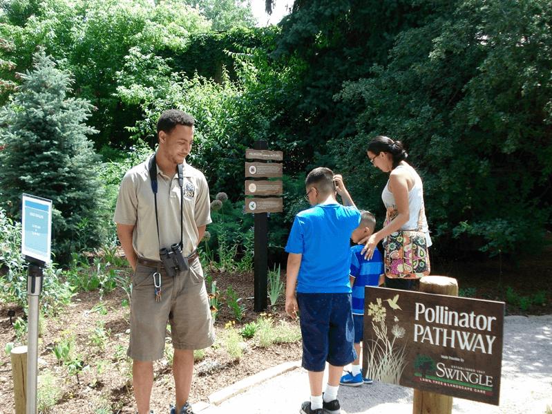 Visitors_to_New_Zoo_Pollinator_Exhibit_2_